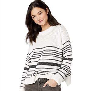 🌟HOST PICK🌟 Roxy Black & White Stripe Sweater